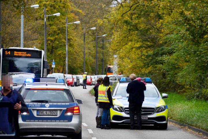 Durch den Unfall kam es zu Verkehrsbehinderungen.
