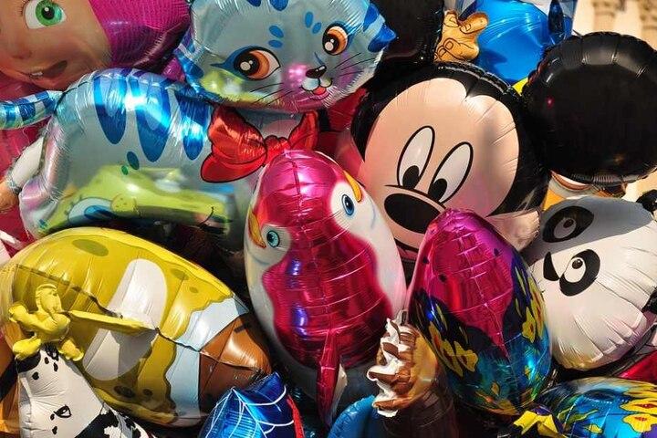 Luftballons dürfen bei einem Fest für Groß und Klein nicht fehlen!