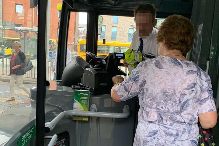 Der Busfahrer weigerte sich den Gay-Pride Bus zu fahren.