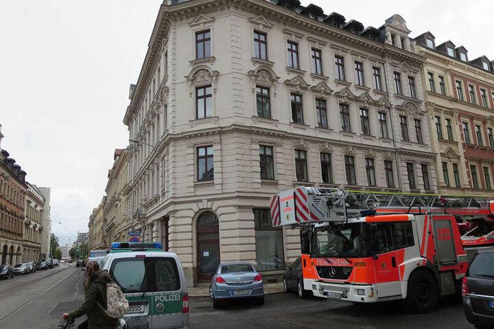 Die Wohnung des 34-Jährigen befindet sich im ersten Stock eines Mehrfamilienhauses.