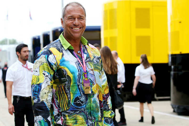 Kai Ebel (54) fühlt sich in Germens-Hemden wohl - wie in diesem von Gregor Kozik.