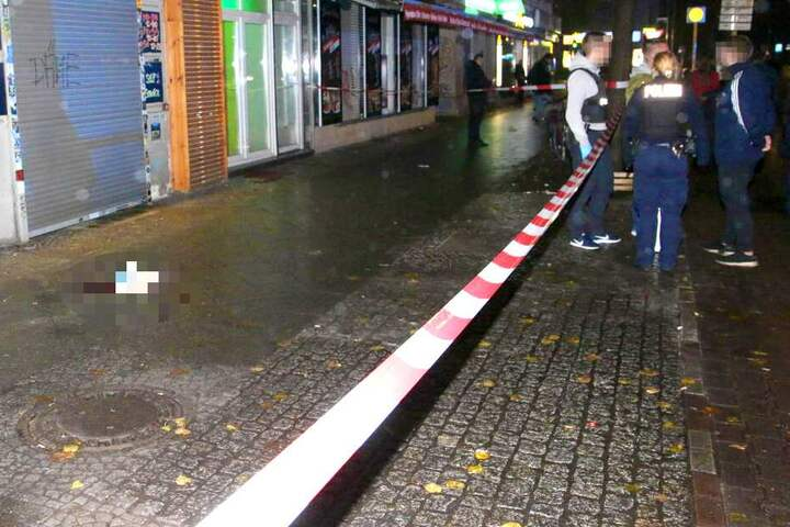 Das Opfer wurde lebensgefährlich verletzt.