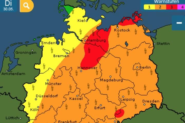 Am Dienstag gelten in ganz Deutschland verschieden hohe Warnstufen.