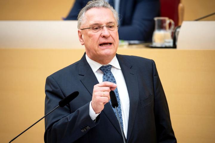 Innenminister Joachim Herrmann hat im bayerischen Landtag eine Ankündigung gemacht.