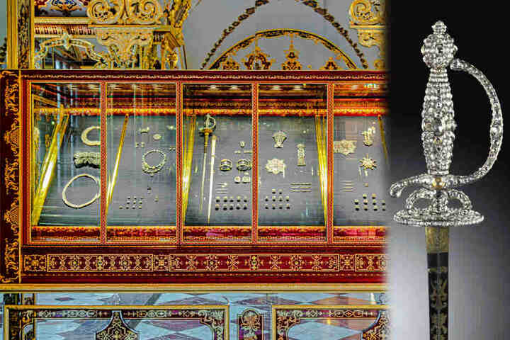 Ein Degen aus der Diamantrosengarnitur (1782-1789) wurde ebenfalls entwendet.