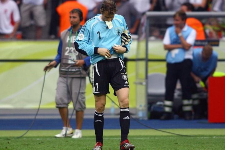 Der Zetteltrick von Jens Lehmann bei der WM 2006 im eigenen Land ging in die Geschichtsbücher ein.
