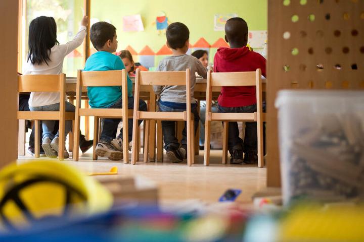 Zum Start des neuen Kindergartenjahres hat Melanie Huml für die umstrittene Masern-Impfung und andere Schutzimpfungen geworben. (Symbolbild)