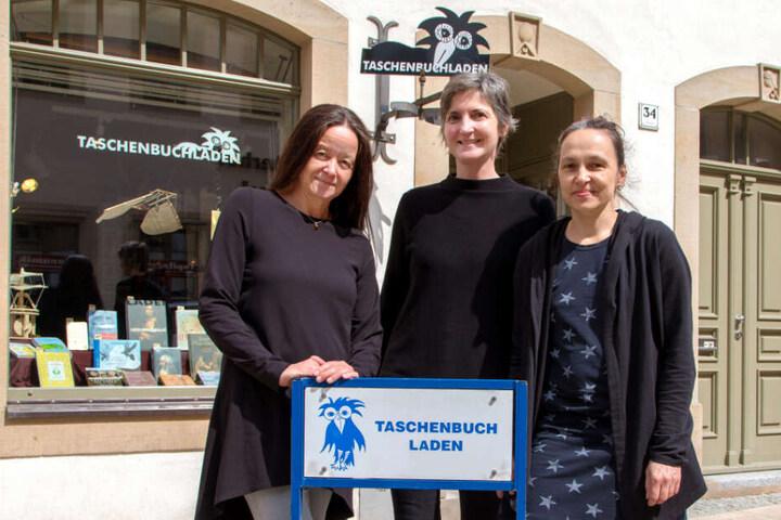 Der ausgezeichnete Taschenbuchladen von Heike Wenige (50), Martina Gehlhaus (53) und Katrin Steinert (49, v.l.n.r.) befindet sich in der Freiberger Burgstraße.