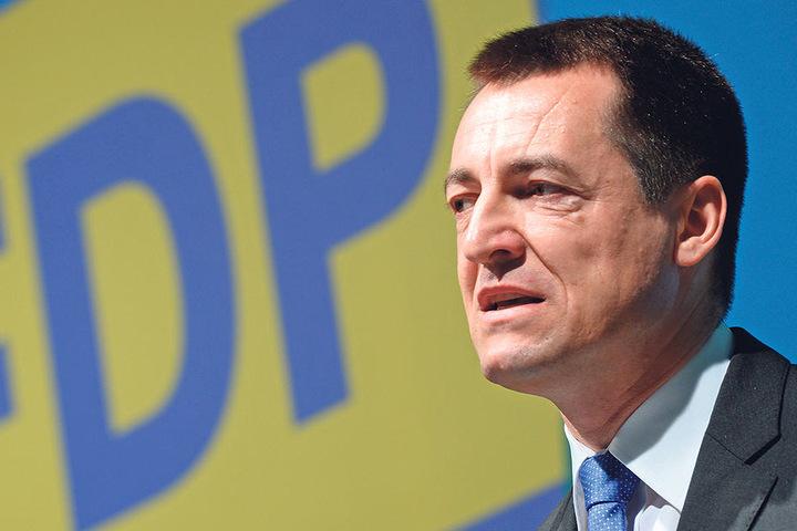 FDP-Generalsekretär Torsten Herbst (44) will die FDP-Werbung des  Ex-AfD-Mitglieds Franziska Schreiber (27) nicht kommentieren.