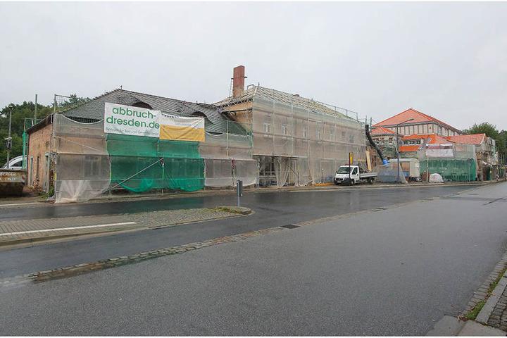 Der Schandfleck verschwindet: Der Bahnhof in Klotzsche wird saniert.