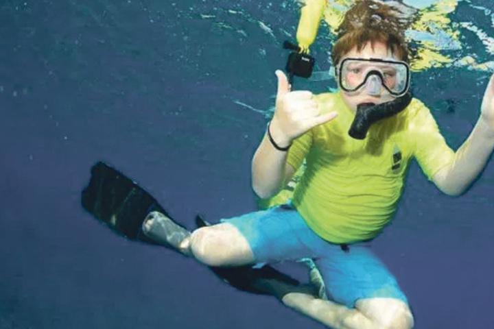 Kurz vor dem Angriff spielte der Zehnjährige mit seinem Bruder im Wasser.