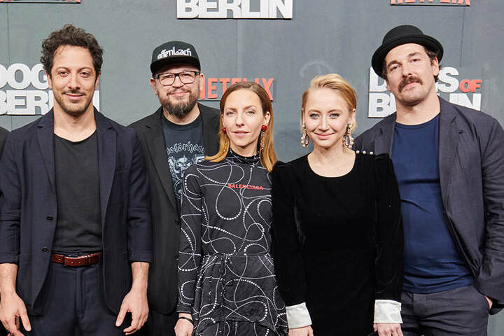 Fahri Yardim, Regisseur Christian Alvart,Katharina Schüttler, Anna Maria Mühe und Felix Kramer zur Filmpremiere der Netflix-Serie.
