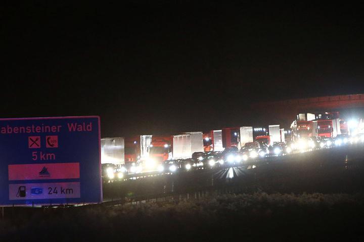 Der Verkehr auf der A4 staute sich in Richtung Erfurt über mehrere Kilometer.