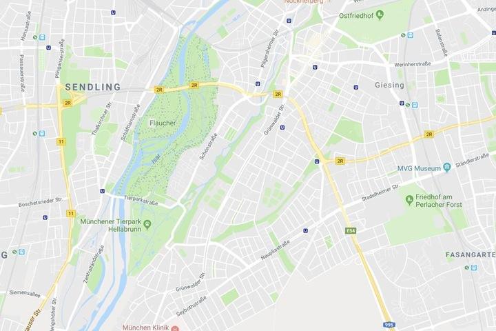 In München wurde eine 81 Jahre alte Frau in Bayern von einer Tram erfasst und tödlich verletzt.