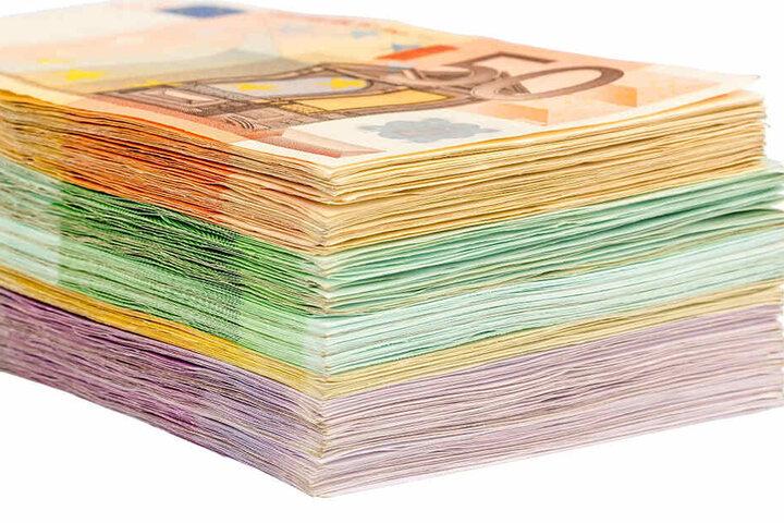 Jede Menge Bargeld verschwand - geklaut vom eigenen Enkel.