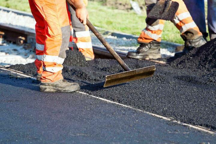 Bis zum 27. April sollen die Arbeiten an der A14 andauern. (Symbolbild)