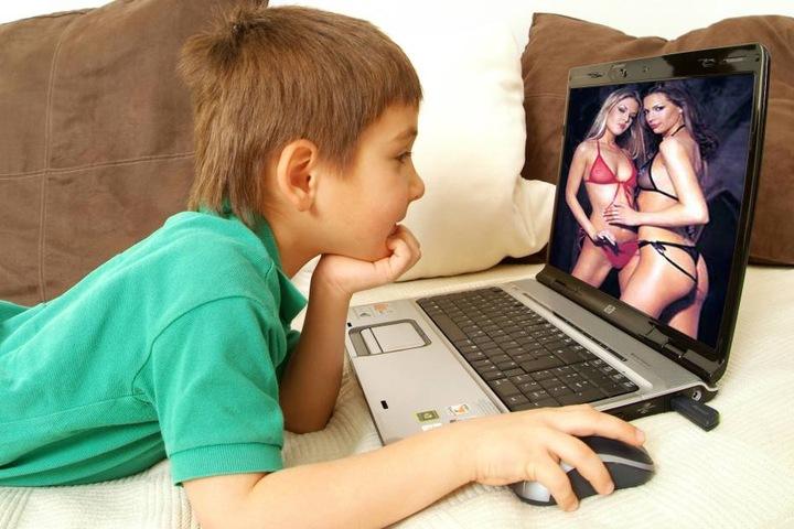 Früh übt sich: Bei Pornhub sind die Heranwachsenden mit ihren Fragen jetzt bestens aufgehoben.