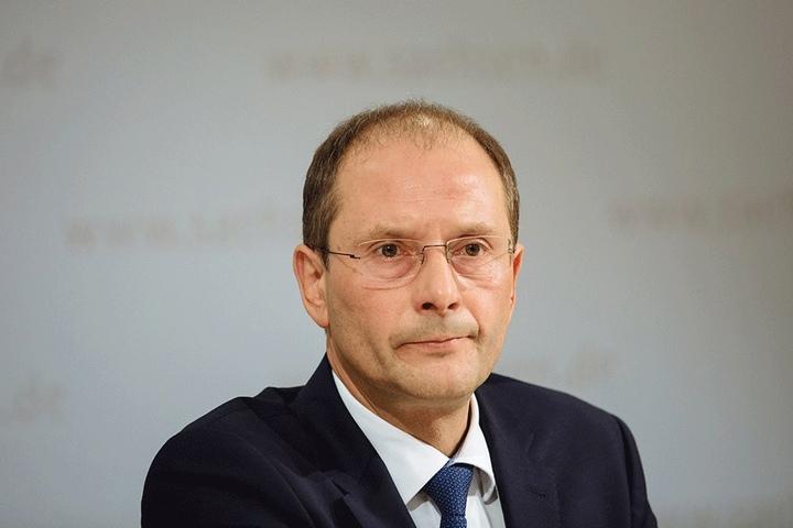 Innenminister Markus Ulbig wurde vom Landesverfassungsgericht für seine Informationspolitik gerügt.