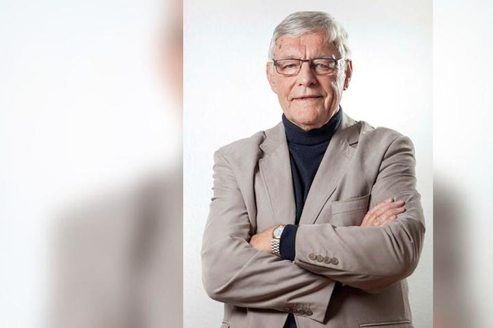 Eberhard Langer (83, Linke) hat wegen des Hochhauses an der Zwickauer-, Ecke Reichsstraße nachgefragt.