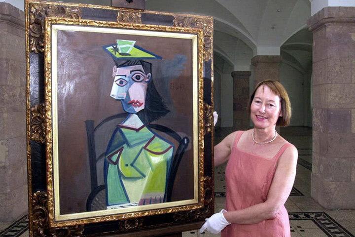 Die Chefin der Kunstsammlungen Chemnitz, Ingrid Mössinger, ist es schon einmal gelungen Picasso nach Chemnitz zu holen. Ab 18. November ziert Picassos nackte Frau die neue Ausstellung der Kunstsammlungen.