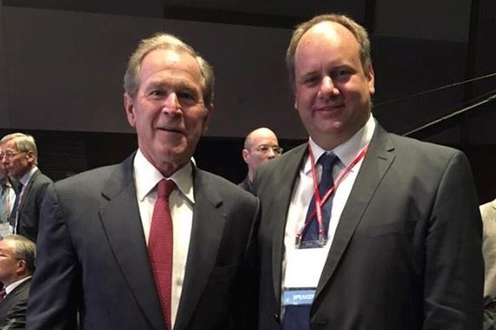 In Seoul traf Dirk Hilbert 2015 auf George W. Bush.