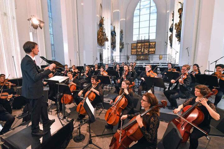 Zum Festakt spielte das Orchester der Universität Leipzig unter der Leitung von Universitätsmusikdirektor David Timm.
