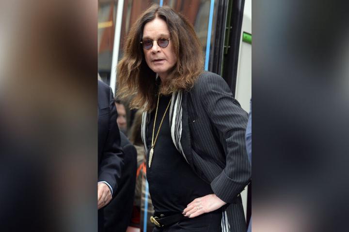 Ozzy Osbourne ist nach eigenen Angaben an Parkinson erkrankt.