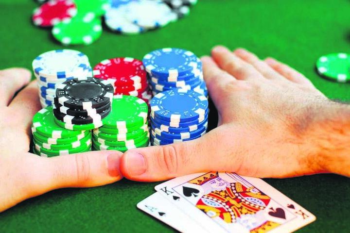 Pokern im Knast? Das sorgt für Kritik.