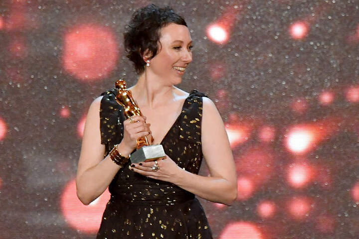 """Ursula Strauss (43) erhielt im April 2017 in der Publikumskategorie """"Beliebteste Schauspielerin Kino und TV Film"""" die """"Romy""""."""