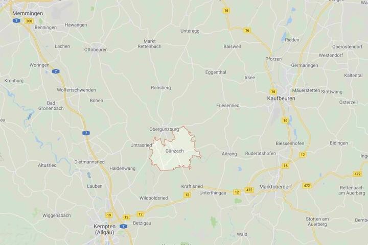 In Günzach im Landkreis Ostallgäu ist ein junger Mann tragisch ums Leben gekommen.