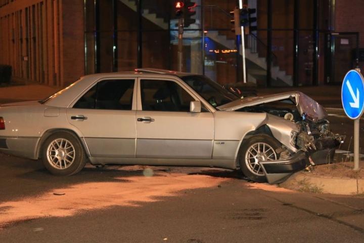 Der Mercedes war zu nichts mehr zu gebrauchen.