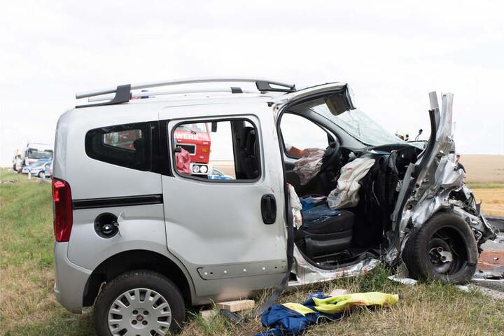 Unfallursache war ein in den Gegenverkehr geratenes Fahrzeug.
