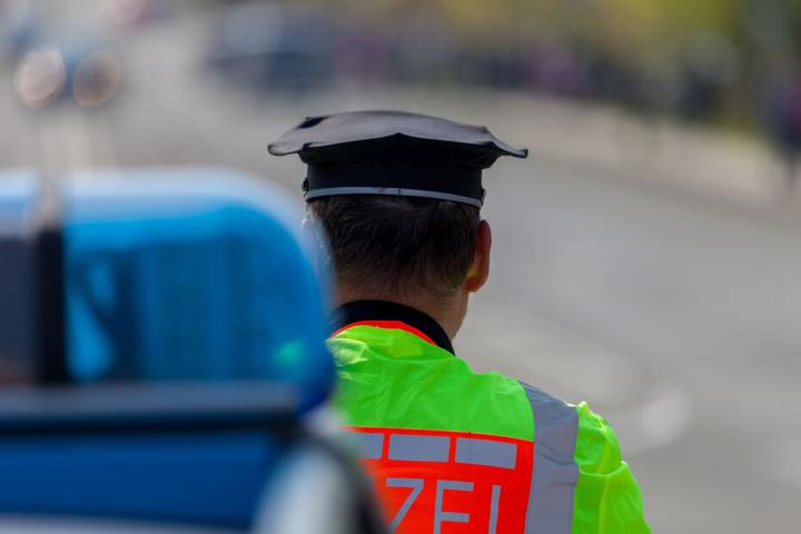 Die Polizei griff letztlich ein und sorgte für freien Verkehr.