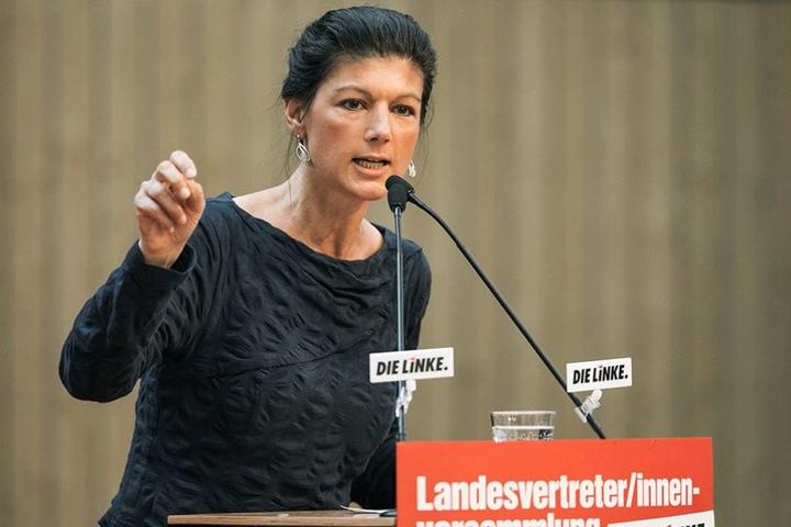 Im Hinterhof des Wahlkreisbüros von Sarah Wagenknecht hat es gebrannt.