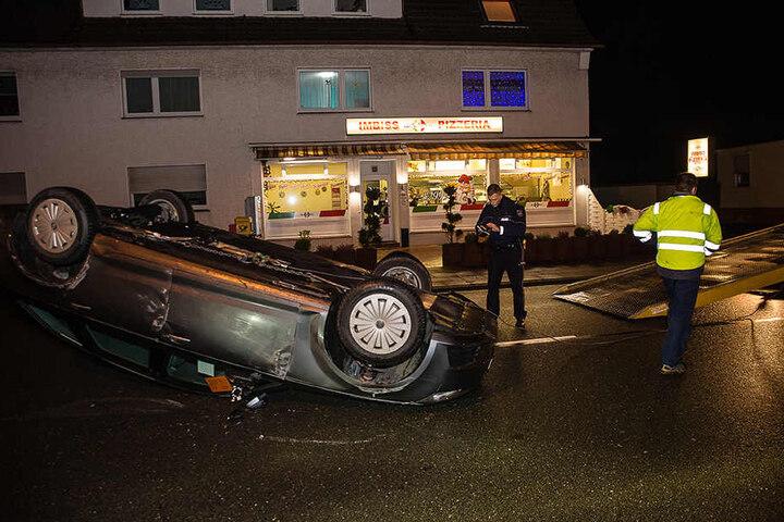 Die Unfallstelle blieb bis 21 gesperrt.