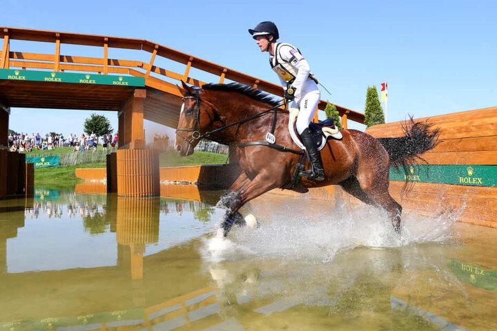 Auch quer durch das Gelände geht es für die Reiter und ihre Pferde in Mihla. (Symbolbild)