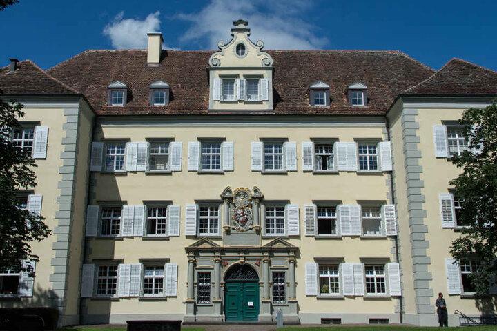 Das Foto zeigt das Landgericht Konstanz am Bodensee.