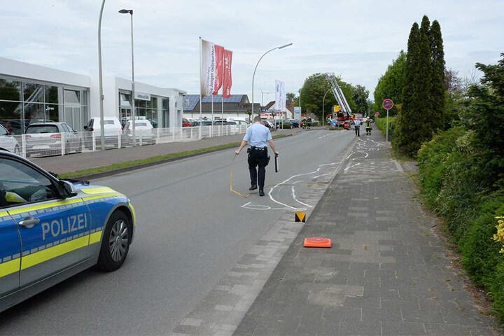 Der junge Biker wurde mit dem Rettungshubschrauber ins Krankenhaus geflogen.