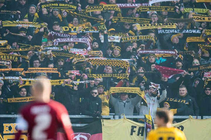 Im Januar 2017 sahen fast über 4000 Dynamo-Fans den 2:1-Sieg ihrer Dresdner in Nürnberg.