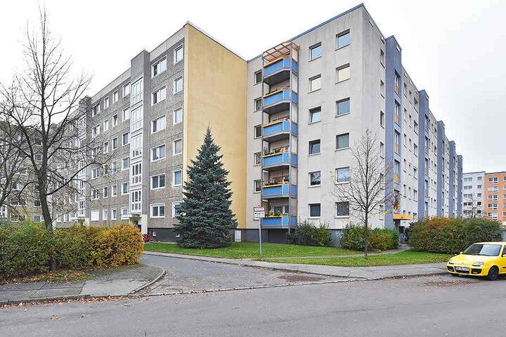 In einer Plattenbau-Wohnung in Gorbitz sollen die Taten passiert sein.