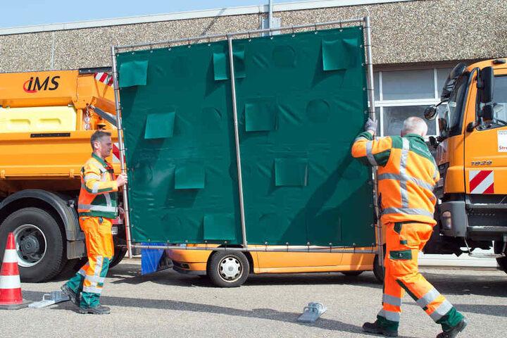 Die mobilen Wände gehören demnächst wohl zur Grundausstattung der Einsatzkräfte.