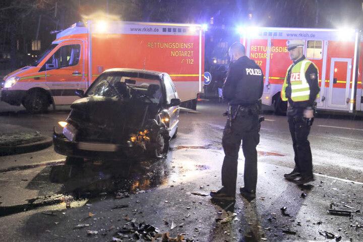 Das Auto erlitt einen Totalschaden.