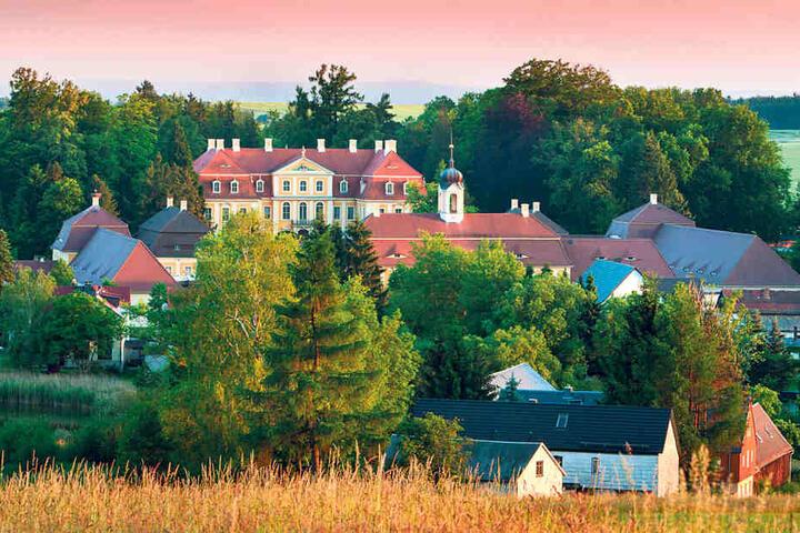In Rammenau beginnt die westliche Oberlausitz: Auch das Barockschloss gehört  dazu.