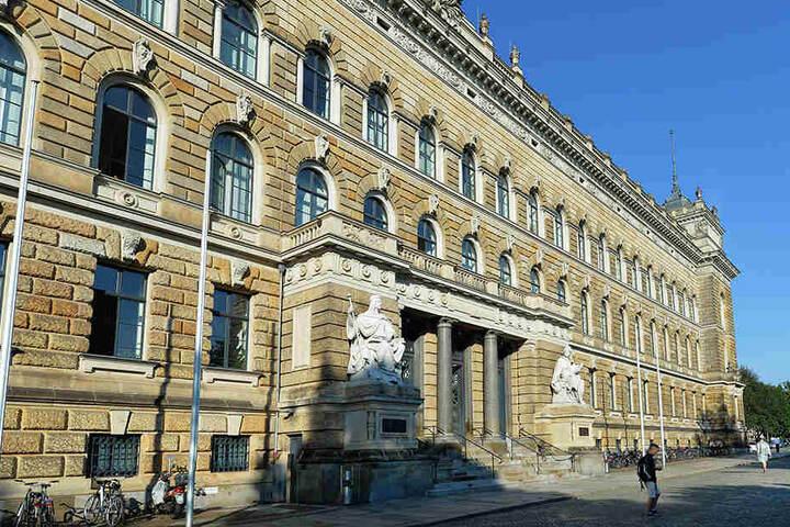 Im Justizzentrum am Sachsensplatz wird kommenden Mittwoch gegen den IS-Sympathisanten verhandelt.