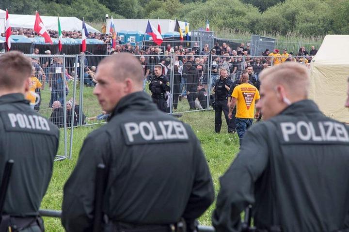Über 500 Polizisten waren in dem kleinen Ort in Thüringen im Einsatz.