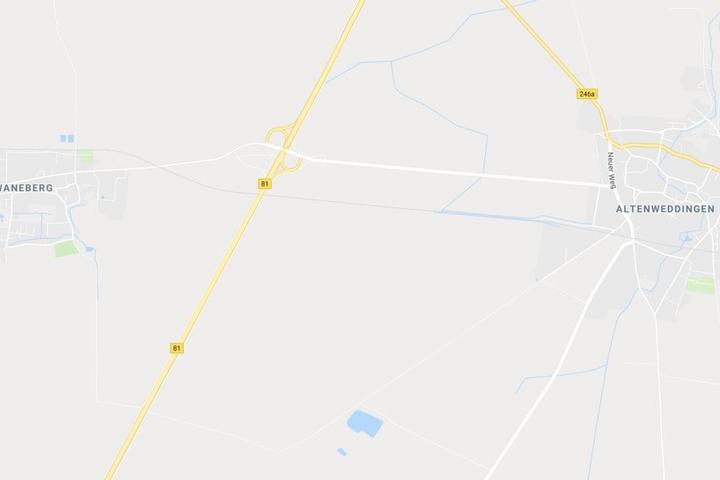 Unfallort war die B81 auf Höhe der Ortschaften Schwaneberg und Altenweddingen.