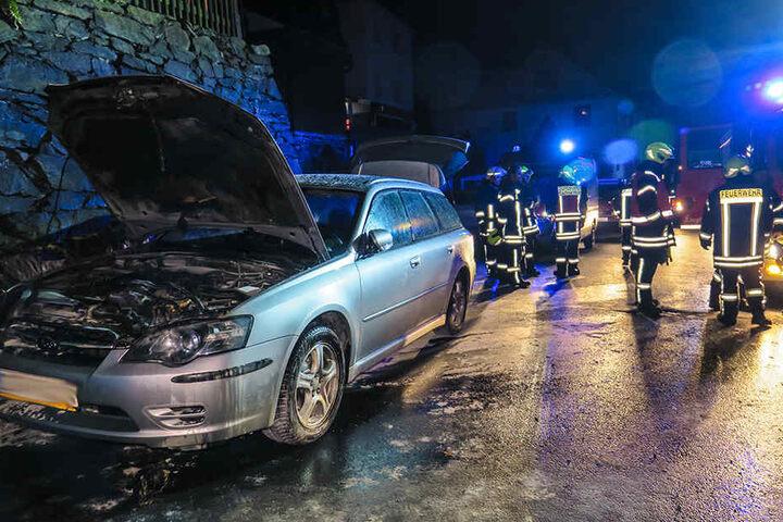 Kurz nach Mitternacht brannte in Schwarzenberg ein Subaru.