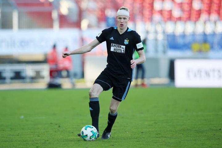 Auch Tom Scheffel agierte beim Spiel in Karlsruher in der Viererkette des CFC.