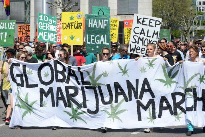 Beim Global Marijuana March gehen jährlich tausende Cannabis-Konsumenten unf Patienten auf die Straßen.