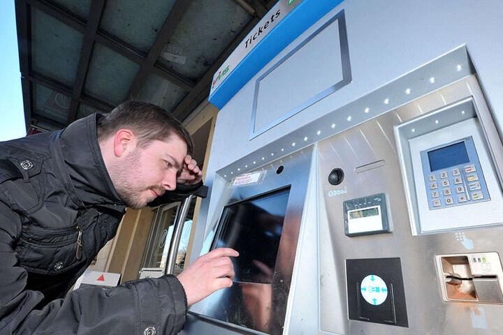 Die Fahrscheinautomaten der CVAG sind neu. Das Touch-Display funktioniert nicht.